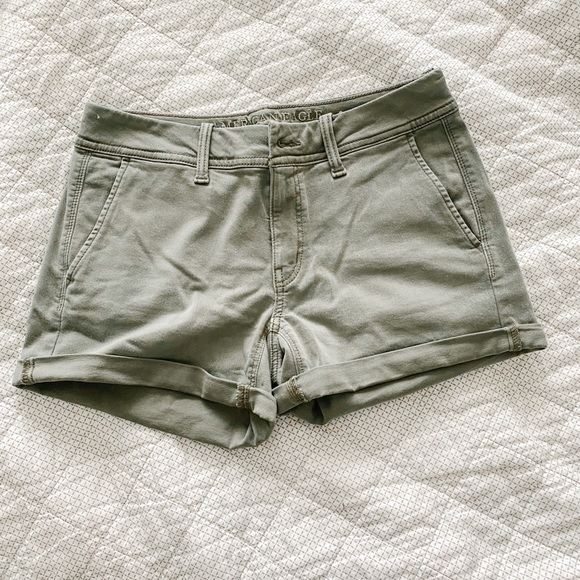 American Eagle Outfitters Pants - AE shorts